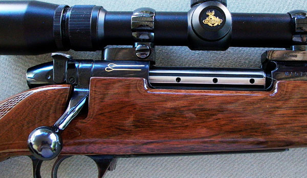 Weatherby Mark V right receiver